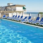 jesolo-hotel-3-stars-swimmingpool